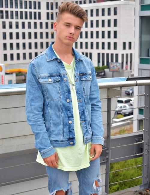 Calvin Klein - TRUCKER JKT PAGEVIEW BLUE COM