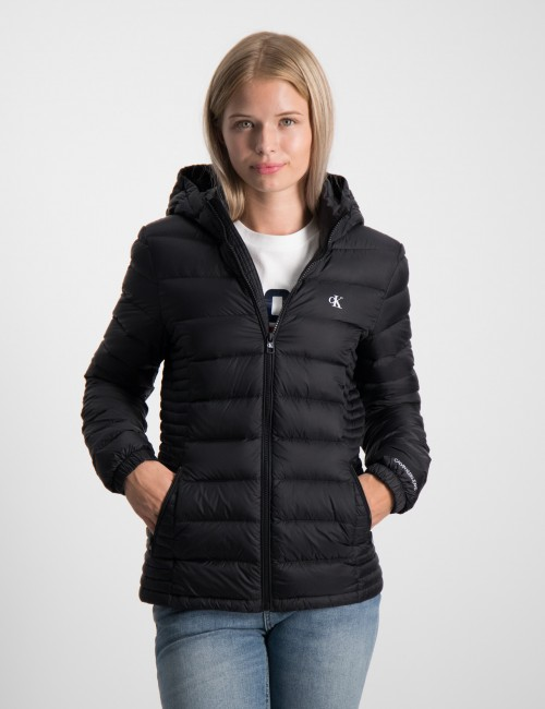 FITTED LIGHT DOWN JACKET
