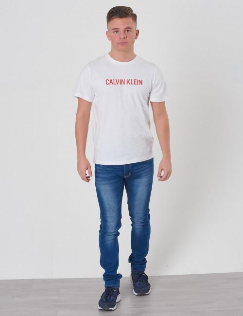 Calvin Klein barnkläder - LOGO REGULAR FIT TEE