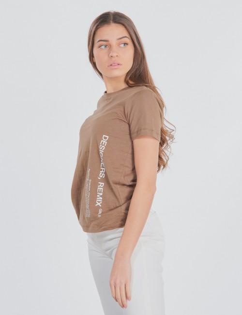 DESIGNERS, REMIX GIRLS - Stanley Side Logo Tee