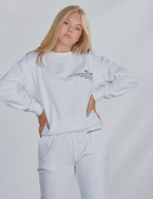 DESIGNERS, REMIX barnkläder - LR Logan Text Sweat