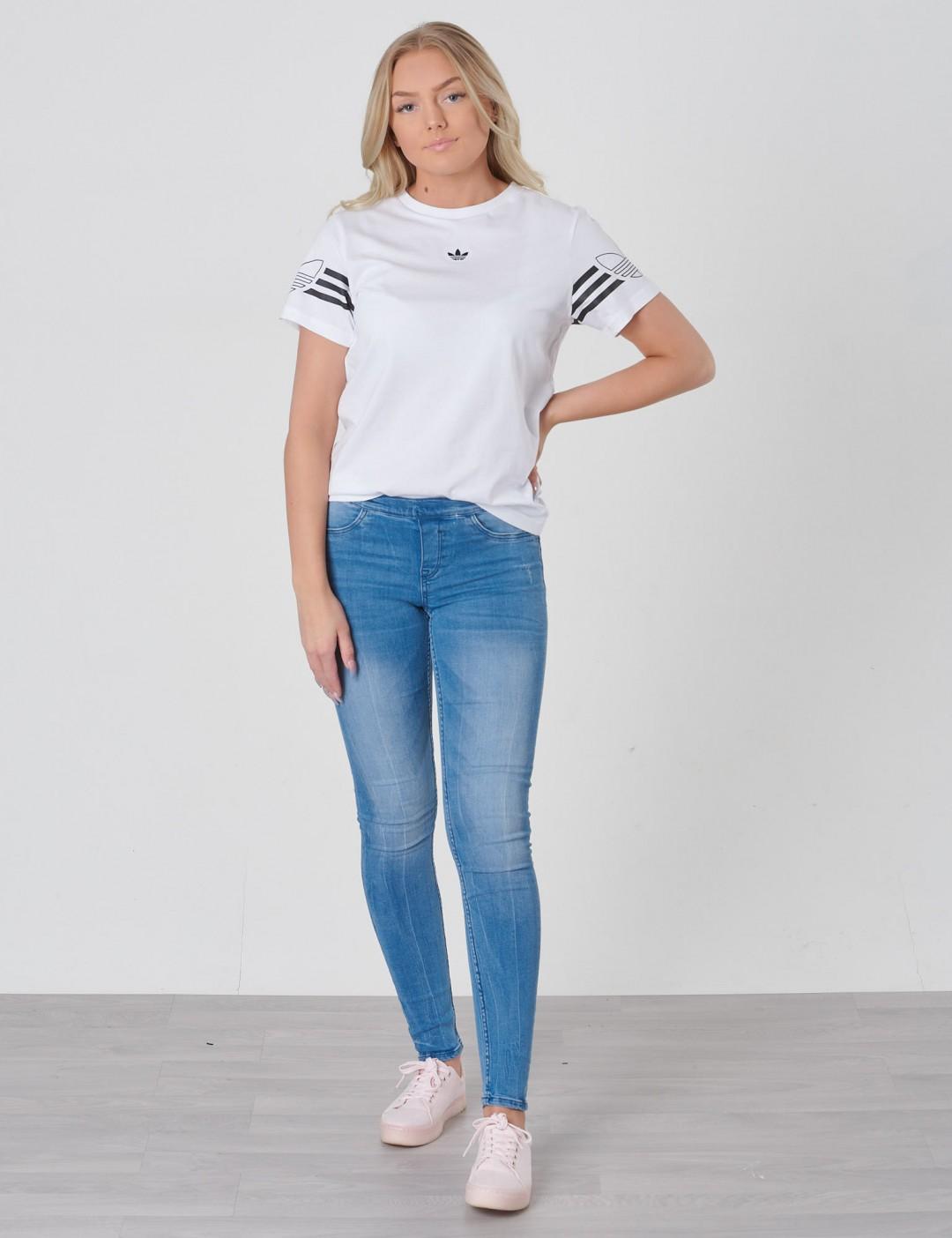 Adidas Originals barnkläder - OUTLINE TEE ... c3cb6f5056b8d