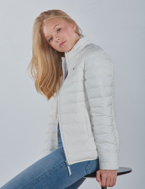 THE LIGHT WEIGHT PUFFER JACKET