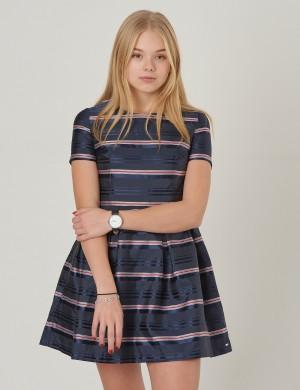 a38bccf35ba6 Tommy Hilfiger klänningar/kjolar för barn och ungdomar - SUMMER SALE ...