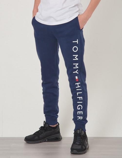 Tommy Hilfiger barnkläder - ESSENTIAL TOMMY SWEA