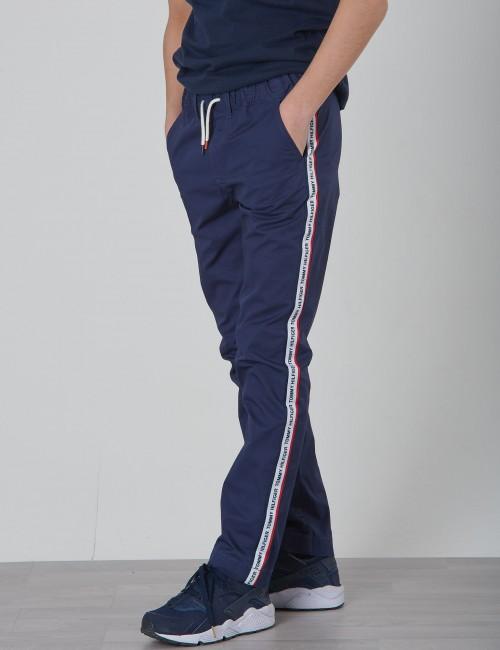 Tommy Hilfiger barnkläder - HILFIGER TAPE CHINO