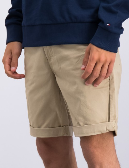 Tommy Hilfiger barnkläder - ESSENTIAL CHINO SHORT