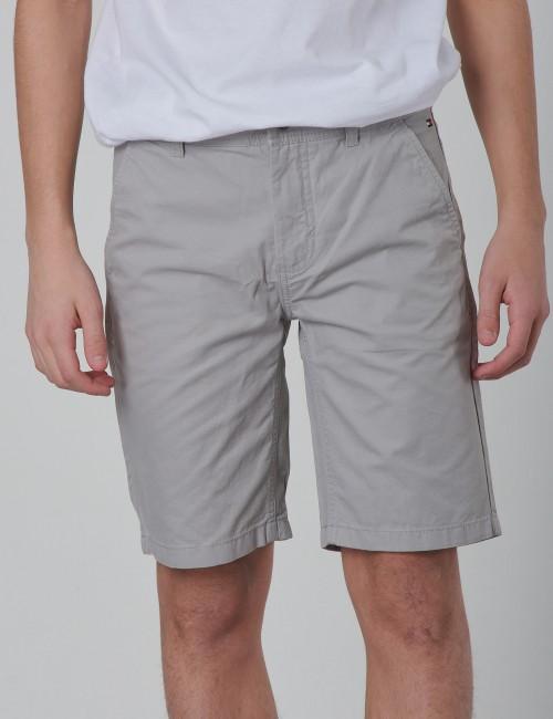 Tommy Hilfiger barnkläder - ESSENTIAL TWILL NEW CHINO SHORT