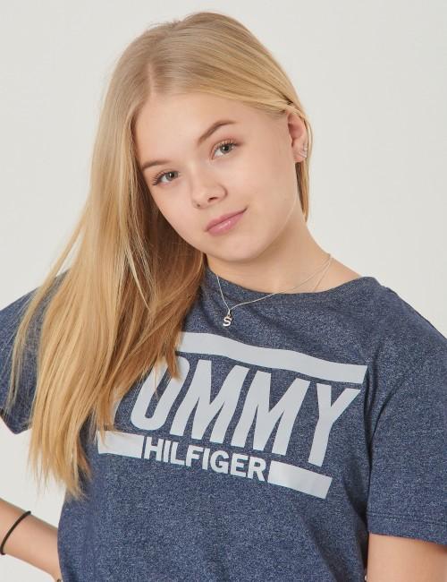 Tommy Hilfiger barnkläder - ESSENTIAL LOGO TEE