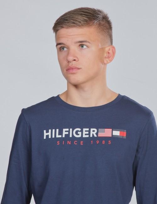 Tommy Hilfiger barnkläder - FLAGS GRAPHIC TEE L/S