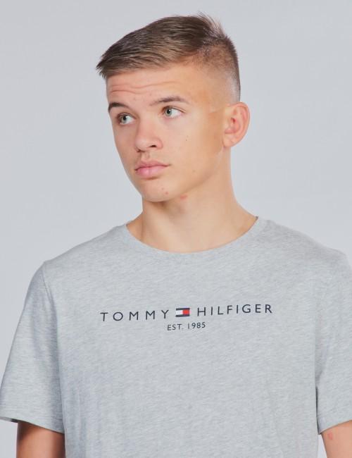 Tommy Hilfiger barnkläder - ESSENTIAL HILFIGER TEE