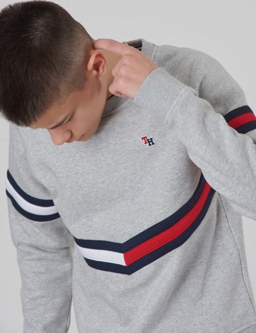 Tommy Hilfiger barnkläder - ESSENTIAL FLAG CREW