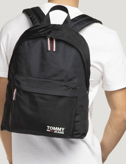Tommy Hilfiger barnkläder - TJM COOL CITY BACKPACK